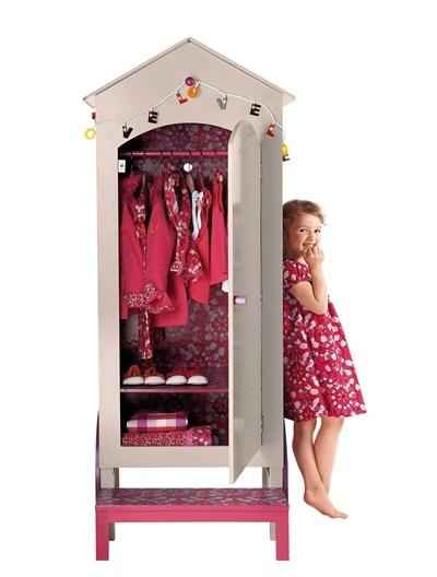 armoire design et sympa pour chambre de petite fille mes coups de coeur vertbaudet. Black Bedroom Furniture Sets. Home Design Ideas