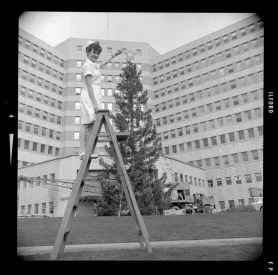 Vancouver General Hospital Christmas Tree, Dec. 13, 1965. (Photo via Vancouver Public Library)