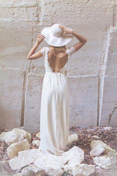 Les robes de mariée - Jeanne Source - Collection 2016 | Modèle : Marine | Photographe : Vincent Agnès | Donne-moi ta main - Blog mariage