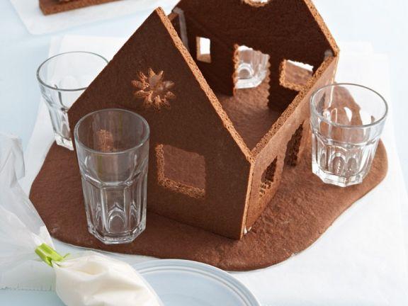 Lebkuchenhaus herstellen ist ein Rezept mit frischen Zutaten aus der Kategorie Gebäck. Probieren Sie dieses und weitere Rezepte von EAT SMARTER!