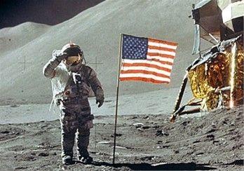 Apollo 11 DVD Neil Armstrong NASA FIRST MOON LANDING (1969)