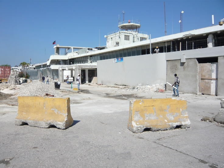 Work continues at the Port au Prince Airport.