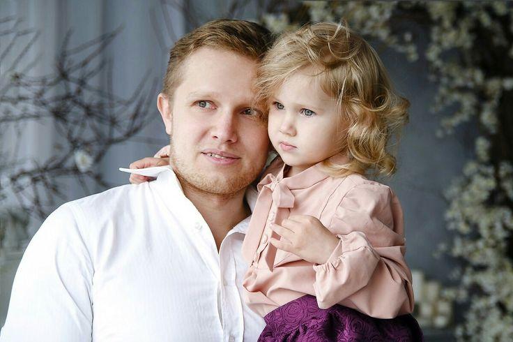 Картинки папа с дочкой, телефон