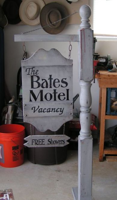 From Pinterest to Project: Bates Motel Sign