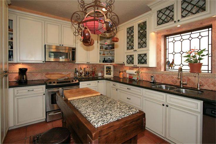 leaded glass kitchen cabinets criss cross | Glass kitchen ...
