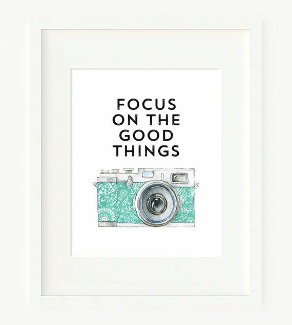 Focus On The Good Things Typography Printable Art Print, 8x10, Watercolor Retro Camera Poster, Camera Printable, Digital Download, Wall Art