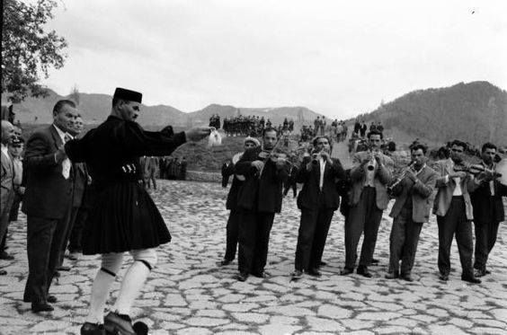 METΣΟΒΟ ΔΕΚΑΕΤΙΑ 1960 .ΦΩΤ. ΚΩΣΤΑΣ ΜΠΑΛΑΦΑΣ