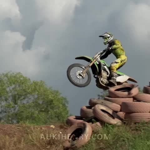 Slow motion video - Darwin Motocross.  Full video is here: https://www.youtube.com/watch?v=Ov5OLl1OjuU - #Vine #Vines #Sports #Video #YouTube #Motorsports