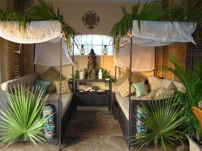 Polynesian day beds