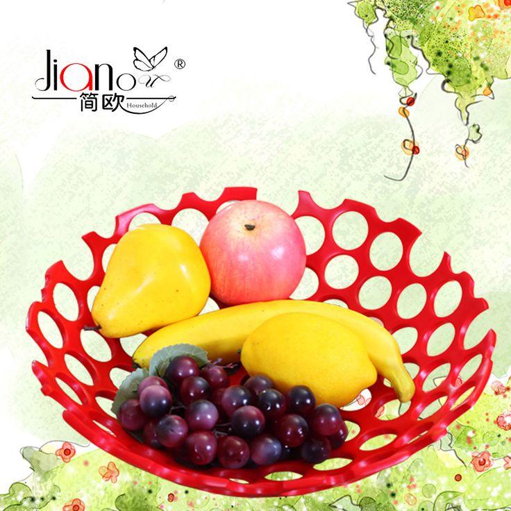 Небьющаяся чаша с искусственными фруктами круглый год будет напоминать Вам о тепле и свежести лета!