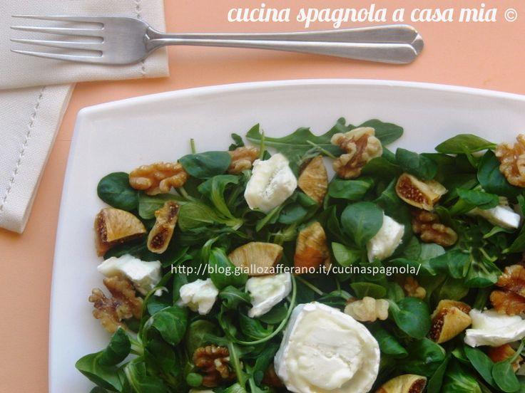 INSALATA CON FICHI, CAPRINO, NOCI E VINAIGRETTE AL MIELE E SENAPE: http://blog.giallozafferano.it/cucinaspagnola/insalata-con-fichi-caprino-noci/