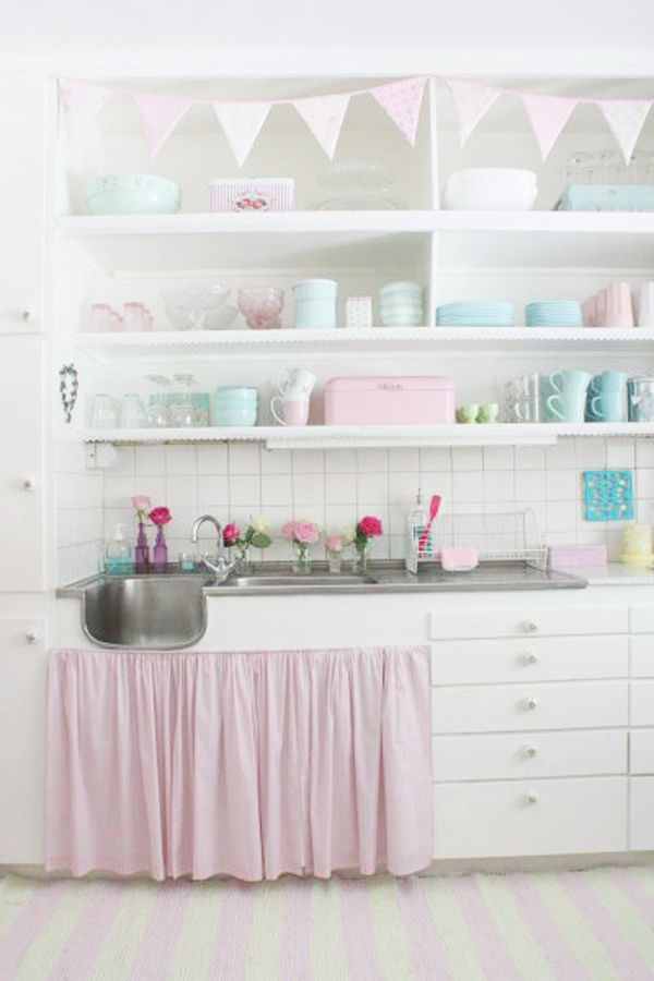 Heart Handmade UK: A Must See Perfect Pastel Home, cucina colori pastello