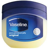 Natural remedies mantra: 12 beauty hacks with Vaseline.#Vaseline #12beautyhackwithvaseline #beauty #makeup #skincare #hightlightcheekbones #petroliumjelly #skincare #moisturizer #lipcare #crackedheels