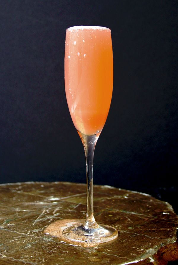 Friday Cocktails: The Rhubarb Fizz | Rhubarb recipes ...