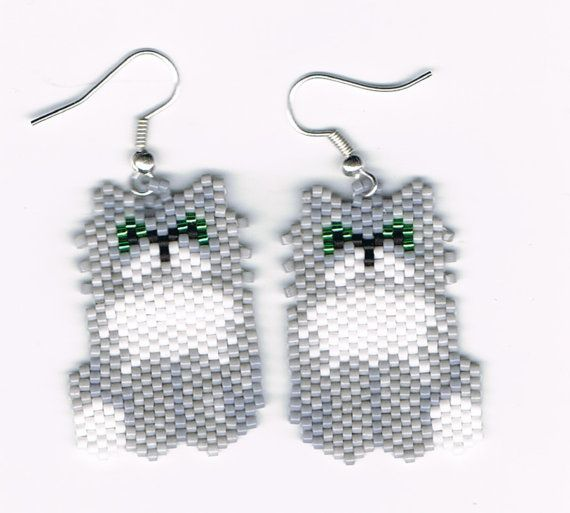 Hand Beaded Grey Persian Cat earrings by beadfairy1 on Etsy