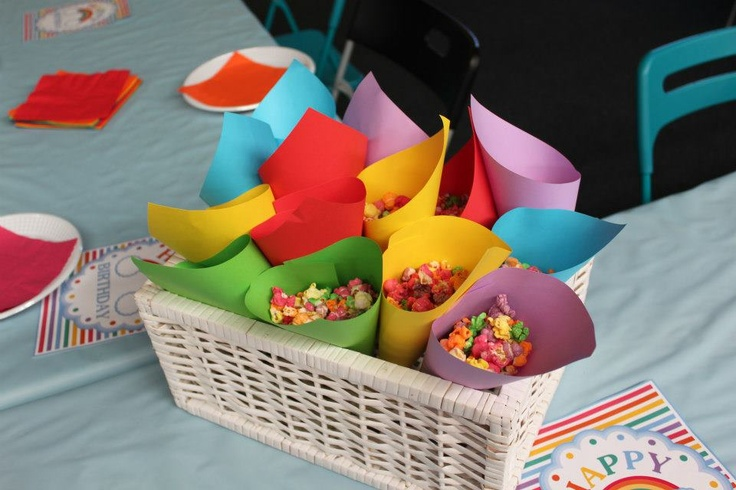 Rainbow Popcorn in coloured holders
