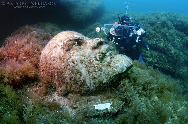 Underwater museum Reddening leaders, Vladimir Ilyich Ulyanov, Lenin, sculpture, Cape Tarhankut, Tarhan Qut, Black sea, Crimea, Ukraine, Eastern Europe