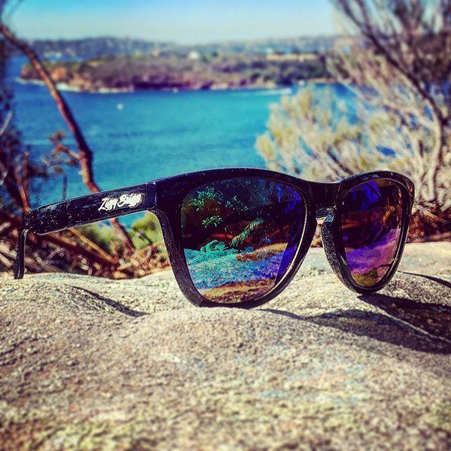 Bright Sunday 🕶with our Dark & Stormy shades ⛈ #sydneysummer #productshot #lazysunday #darkandstormy #shades😎 #sunglasses #ziggybriggs #theshadylife #australiansummer