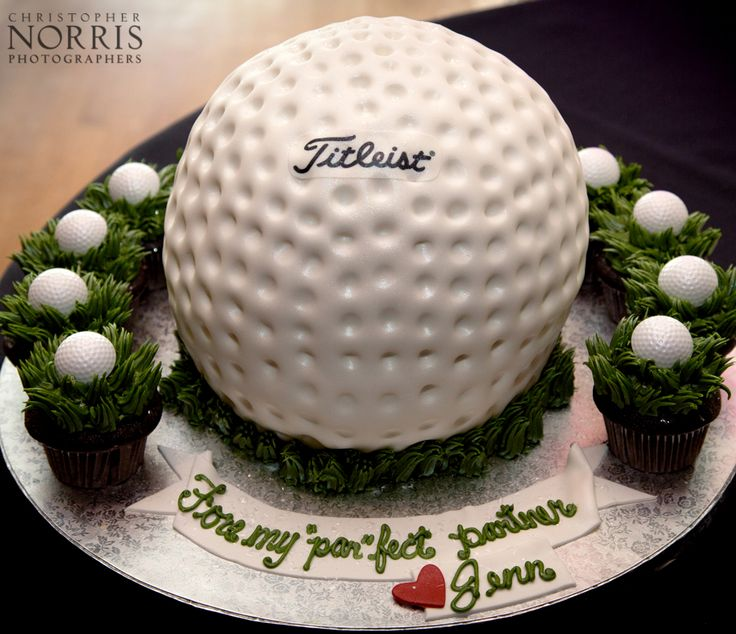 Golf themed grooms cake.  Wedding photography by Christopher Norris Photographers, Cleveland