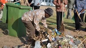 Government: This picture shows John Magufuli. John magufuli is the president of tanzania. He got  chosen for president on October 31, 2015. It was very close to his 56th birthday.Mr. Magufuli is a very helping man. He has helped with clean places up and making more roads. He relates back to people. He would tell about his childhood and how people can get through difficult challenges.