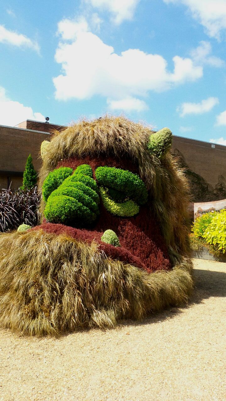 50 best Quirky and Unusual Gardens images on Pinterest | Garden art ...