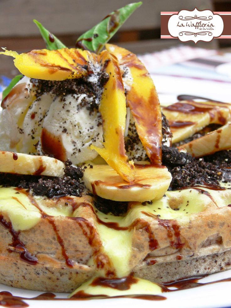 Waffle special from de la Villa