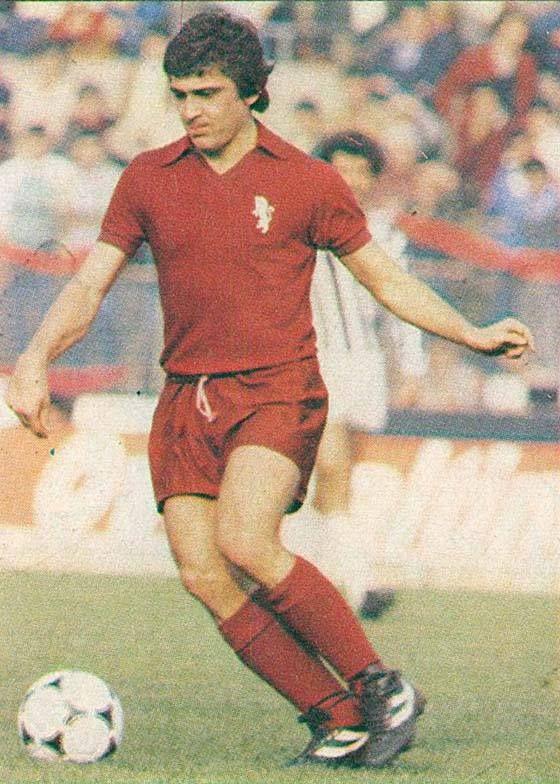 Eraldo Pecci, arrivato al Toro nel 1975-76 a 20 anni, dal Bologna, e subito Csmpione d'Italia, ha giocato 6 campionati con i granata (fino al 1980-81), 154 partite, 10 reti, oltre a 33 partite e 4 reti in Coppa Italia e 17 partitr e 2 reti nelle Coppe Europee, totale 204 partite, 16 reti.