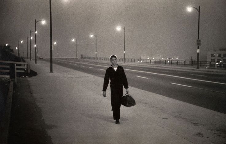 Gary Winogrand - This photograph really captures a mood or feeling.  Very impressive, in my opinion.