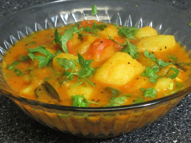Spicy aloo curry (potato curry) by crazy4veggie.com(a table spoon or two of oil is fine)