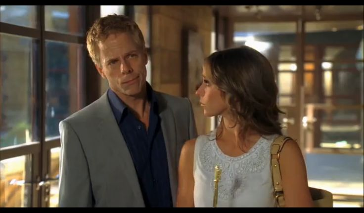 Greg Germann - Ghost Whisperer, 5x08