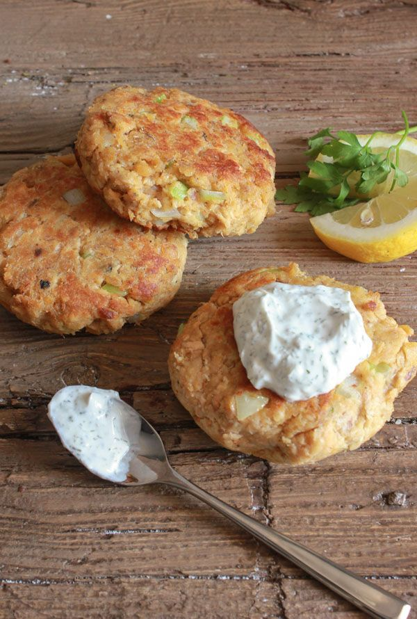 Best 25 healthy salmon burgers ideas on pinterest healthy healthy salmon burgers the perfect quick and easy lunch or dinner meal made with canned ccuart Image collections