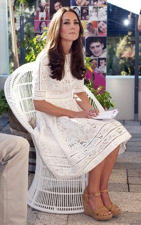 Vévodkyně Kate přemohlo mezi nemocnými dětmi dojetí