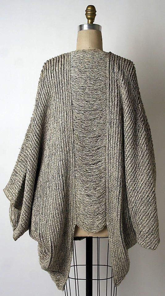 Issey Miyake sweater. So good. - more → http://fashiononlinepictures.blogspot.com/2012/06/issey-miyake-sweater-so-good.html