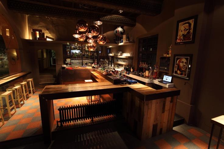 NEXT... Bar & Club in Mantova in a 1400 villa - Italy