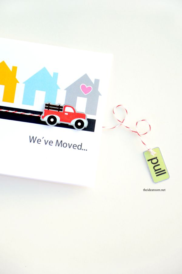 Print some of these fun and interactive We've Moved Cards using your Cricut Explore and the print then cut feature from MichaelsMakers The Idea Room