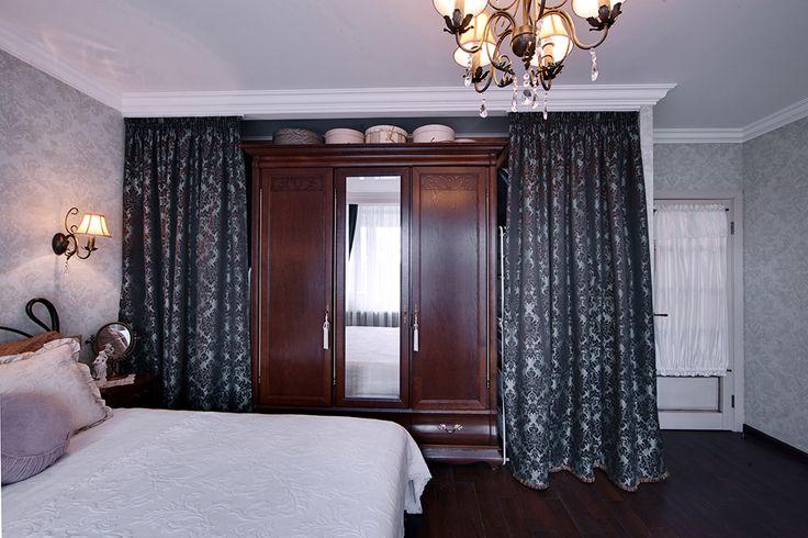 Спальня в винтажном стиле. Старинный шкаф. Бюро интерьерного дизайна Порядок Вещей