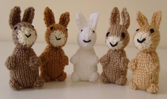 Gebreide bos Folk. Uw eigen selectie, alle 5, kiezen uit: fox, konijn, uil, grijze eekhoorn, dassen, rode eekhoorn, egel of muis