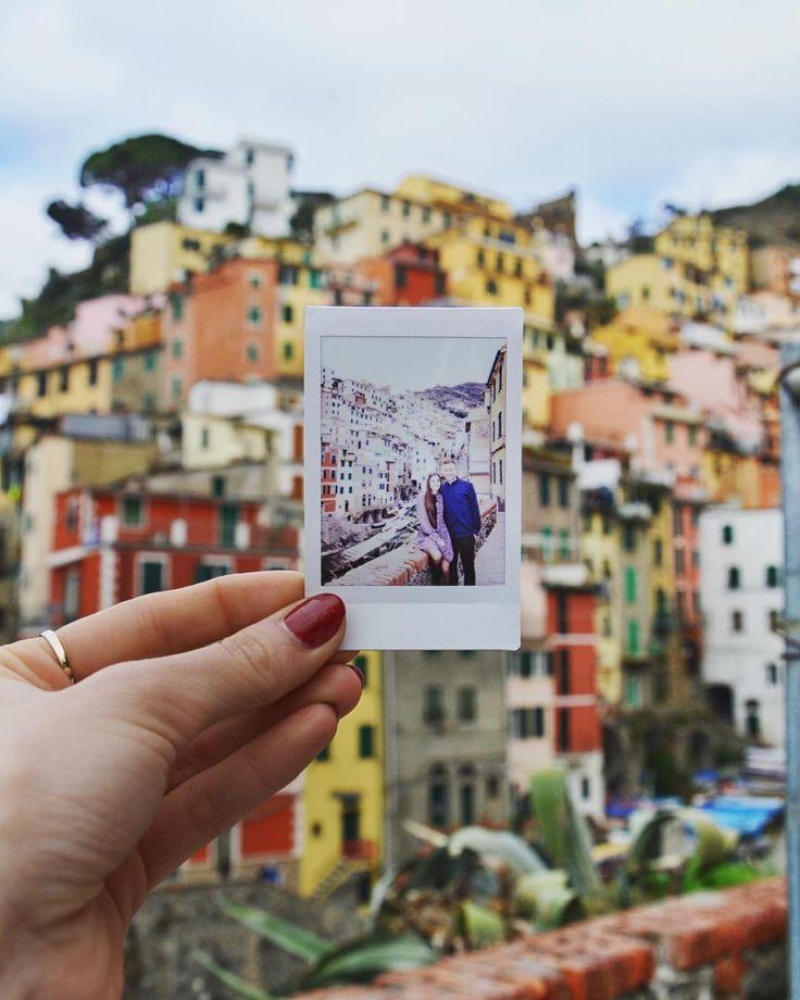 spōminki ze Riomaggiore  - #riomaggiore #cinqueterre #belekaj #godej #rajza #5terre #manarola #corniglia #vernazza #italy #italia #włochy #liguria #ig_liguria #zwiedzanie #podrozemaleiduze #podroze #podróże #blogtroterzy #blogpodrozniczy #travel #podróż #wycieczka @instax_poland_official