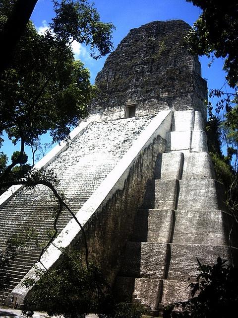 Le famose rovine di Tikal - Guatemala 2004     Amazing Destinations in The Mayan World