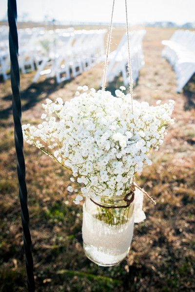 Baby's breath aisle markers always make a chic statement! {Fidelis Studio}: Babies Breath, Babies, Ellie S Wedding, Clare S Wedding Ideas, Painted Mason Jars, Wedding Photos, Ceremony Photos, Fidelis Studio