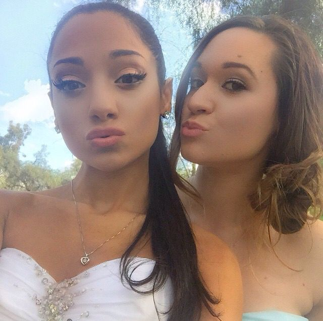 Alisha marie and Gabi♡ Gabi looks like Ariana grande she ...