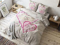 Romantické posteľné obliečky so srdiečkami do spálne