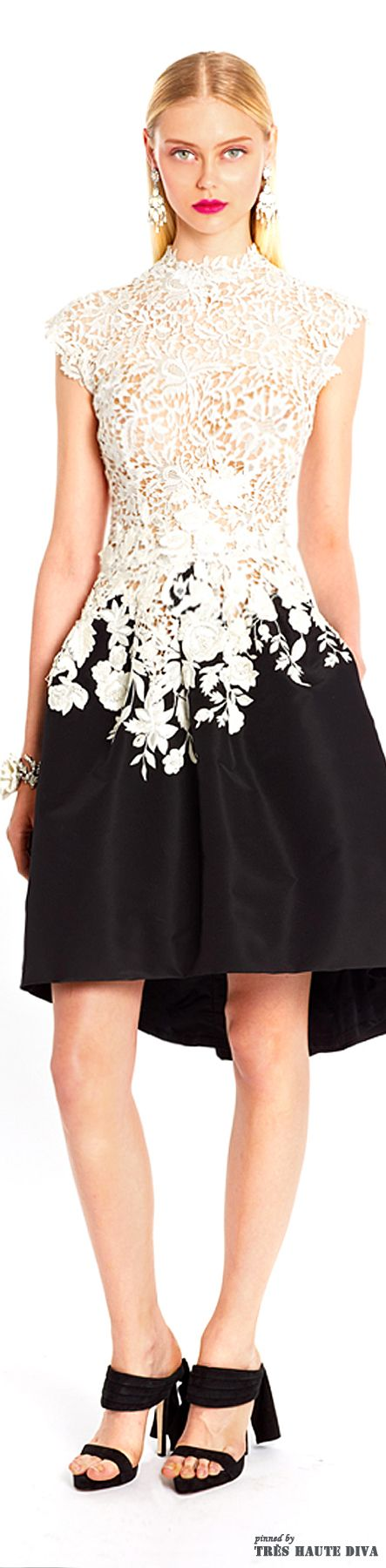 Oscar de la Renta Resort 2015 Collection. Black and white and lace all over. So feminine and beautiful! #fashion #ladies #dress