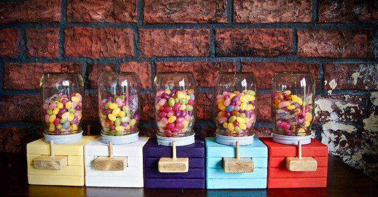 Wie erstelle ich einen Wood Candy Dispenser?