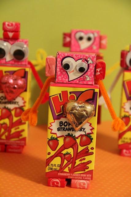 Robot ValentineRobots Valentine, Valentine'S Day, Valentine Treats, Cute Ideas, Juice Boxes, Valentine Mailbox, Valentine Ideas, Kids, Valentine Robots