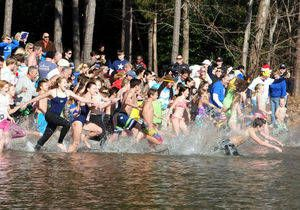 Mooresville's Polar Plunge Benefits Local Charities