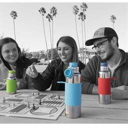 Ab Heute die 800ml Edelstahlflasche von Pura kiki für große Kinder und uns Eltern die auch gerne plastikfrei Leben möchten und ihren meist gesünder lebenden Kinder nacheifern möchten. Das Design ist aber auch einfach nur stilvoll!
