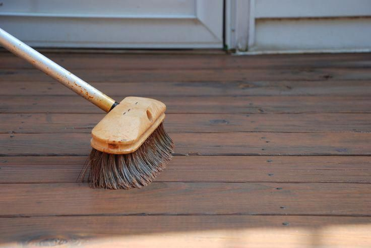Using A Car Wash Brush To Apply Deck Stains Is The Fastest Way To Stain A Deck It Also Forces The Stain Into The W Staining Deck Building A Deck Staining