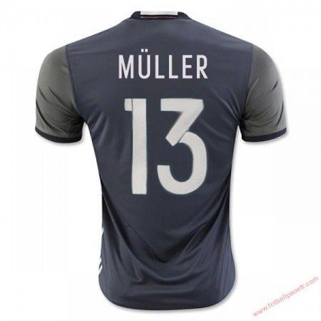 Tyskland 2016 Muller 13 Bortedrakt Kortermet.  http://www.fotballpanett.com/tyskland-2016-muller-13-bortedrakt-kortermet-1.  #fotballdrakter