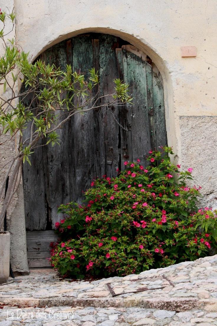 """Italia, Liguria di Ponente, Verezzi (1st stop) Post & Pictures by Rita Bellussi, La Danza della Creatività """"Located between Pietra and Finale Ligure, Verezzi is one of the most beautiful villages in Italy"""". http://ladanzadellacreativitahome.blogspot.it/"""